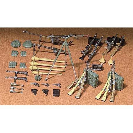 TAMIYA 35111 35111-1:35 Diorama-Set Deutsche Waffen Infanterie(24), Modellbau, Plastik Bausatz, unlackiert