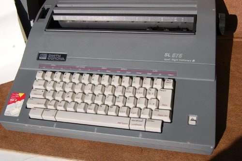 Smith Corona Electric Typewriter SL 575 - Spell Right Dictionary -...