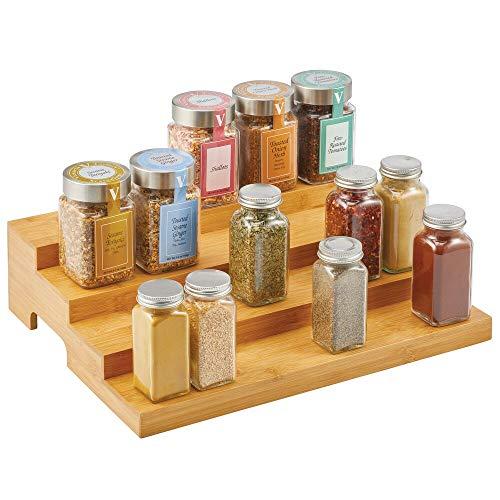 mDesign Organizador de especias – Práctico soporte organizador de armarios de bambú con 4 niveles – Estantes especieros para guardar condimentos y otros alimentos envasados – color natural