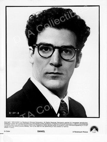 MOVIE PHOTO: DANIEL-1983-MANDY PATINKIN-BLACK&WHITE-8x10 MOVIE STILL FN