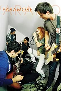 gb Music - Alternative Rock Posters: Paramore - Live - 35.7x23.8 inches