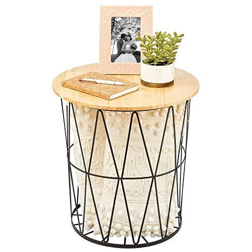 mDesign Mesa auxiliar de estilo rústico moderno – Mesita redonda para salón en metal y madera – Mesa baja pequeña con tablero desmontable y diseño abierto – negro mate y natural
