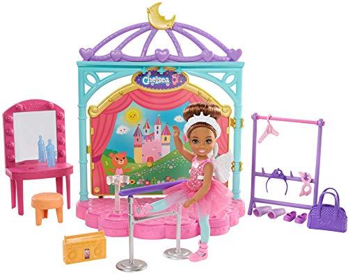 Barbie GHV81 Chelsea Puppe und Ballett Puppen Spielset mit Zubehör, Mädchen Spielzeug ab 3 Jahren