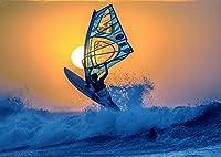 絵画風 壁紙ポスター (はがせるシール式) ウィンドサーフィン 夕陽のジャンプ サンセット 海 AT キャラクロ SFN-032A1 (A1版 830mm×585mm) 建築用壁紙+耐候性塗料