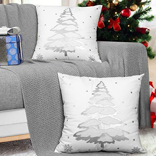 """MoKo [2 PZS Funda de Almohada Cuadrada de Navidad, 18"""" x 18"""" (45x45cm) Suave Cubierta de Cojín Navideñas Decorativas con Patrón de Árbol de Navidad para Sofá, Cama, Hogar, Coche, Plata"""