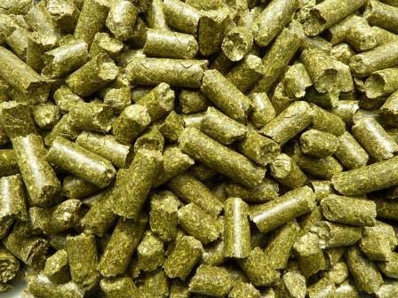 Heu-Tom ® 10kg Heupellets Futter für Meerschweinchen, Hasen, Kaninchen. Luzernepellets