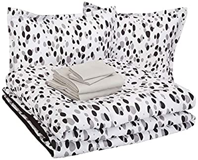 AmazonBasics Easy Care Super Soft Microfiber Kid's Bed-in-a-Bag Bedding Set