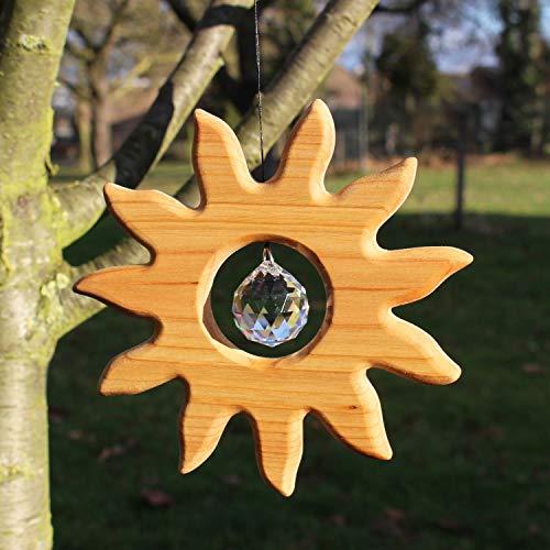 Fensterdeko aus Holz, Sonne groß mit Kristall, Fensterschmuck mit Bleikristall, Feng Shui, Deko, Holzdeko, Handmade, Geschenkidee, Sonnenfänger