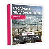Caja Regalo - ¡Escapada Sorpresa Sea Adventures para Dos! - con hoteles y Casas Rurales con Encanto - El Mejor Cofre de experiencias para Regalar