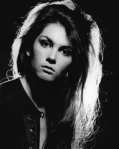 Caroline Munro Stunning Vintage Glamour Head Shot 8x10 Publicity Photo