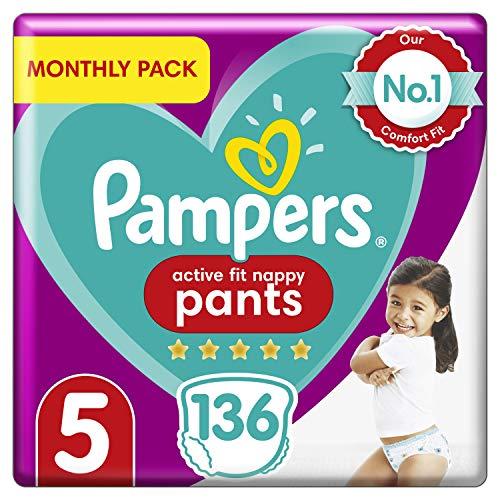 Pampers Premium Protection Windelhose Gr. 5, 136 Windelhosen, 12-17 kg, Monatspackung, sanftes Hautgefühl in Windelhöschen, Größe 5136
