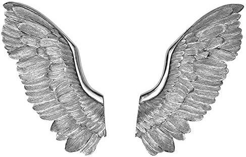 Metal wings wall decor