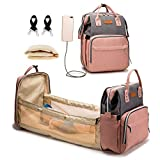 Mochila con bolsa de pañales con cuna plegable, carga USB, bolsa de dormir portátil para mamá, cuna multifuncional para bebé, mochila para pañales, organizador de pañales (GrisRosado)