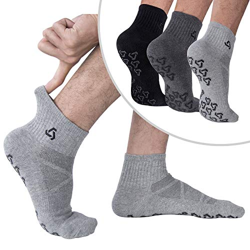 Ozaiic Anti-Skid Socks With Grips