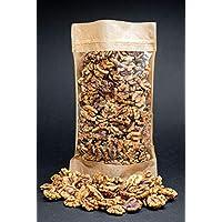 Mitades y trozos crudos de nueces crudas, libres de transgénicos, recolectados del área orgánica (700gr)