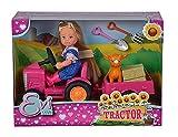 Evi Love Tractor - Muñeca en su Tractor con Colgante, Animal, heno y Pala y Horquilla, 12 cm, Adecuado para niños a Partir de 3 años