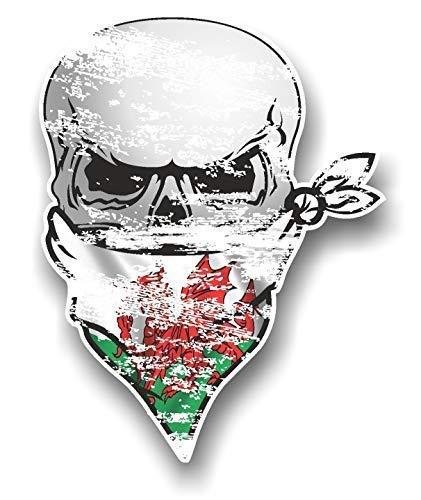 Zware verontruste versleten oude GOTHIC BIKER Pirate SKULL Met Gezicht Bandana & Welsh draak Wales CYMRU Vlag Motief Externe Vinyl Auto Sticker 110x85mm