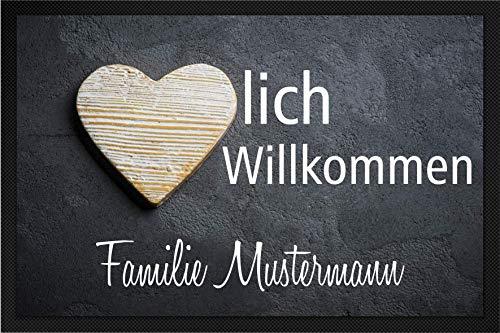 Tassenliebe® - Deine personalisierte Fussmatte mit Gummirand Herzlich Willkommen - Familie Name, für Innen und Aussen, rutschfest, Fussabtreter, Türmatte, Originelles Geschenk (60x40cm)