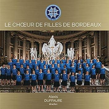 Le choeur de filles de Bordeaux chante Marie