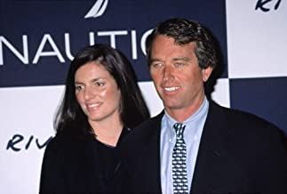 Posterazzi Poster Print Collection Robert Kennedy Jr. with His Wife at The Riverkeeper Benefit NYC 4042001 by Cj Contino. Celebrity (10 x 8)