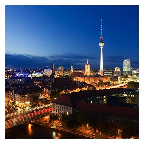 Fototapete selbsthaftend - Fernsehturm bei Nacht - Wandbild Quadrat 192x192 cm