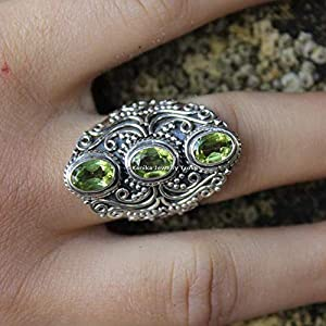 August Birthstone Ringe-Grüne Edelsteinringe-Ovaleschliff Peridot Ringe-925 Sterling Silber Ringe für Damen-Statement…