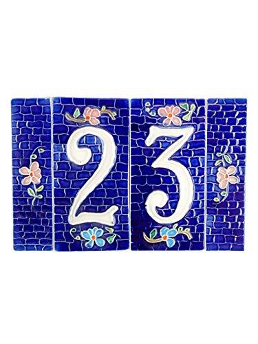 Hausnummern aus Keramik, blaue Keramik-Hausnummer, Dübel mit Stein-Hintergrund, Keramik-Objekt für den Außenbereich nb2, Maße: H 15 cm, Gesamtbreite 22,7 cm