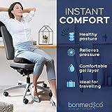 Bonmedico® Orthopädisches Sitzkissen mit innovativer Gel-Beschichtung, wirkt schmerzreduzierend, sorgt für gerade Körperhaltung und Steißbein-Entlastung, geeignet für Auto, Büro- & Rollstuhl sowie Reisen, in Schwarz oder Blau (Schwarz) - 2