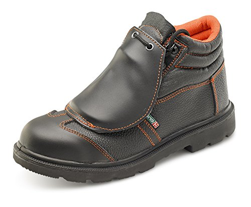 Safety shoes for waste management - Safety Shoes Today