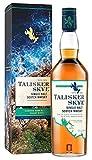 Con la sua confezione in stile marino, il whisky scozzese Talisker è il regalo perfetto per chi vuole scoprire lo stile speciale dei whisky single malt torbati delle isole scozzesi Creato per rendere omaggio al paesaggio e al mare selvaggio di Skye, ...