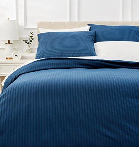 AmazonBasics - Luxe microvezel beddengoedset, 240 x 220 cm, marineblauw