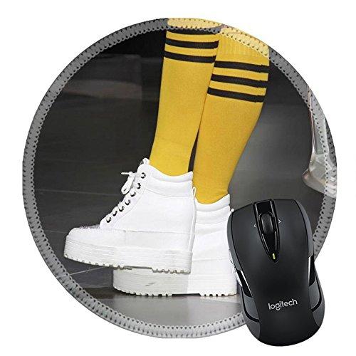 MSD Mousepad rund Maus Pad/Matte 30275727Sportswear gelb Socken Weiß Schuhe Nahaufnahme von Foto