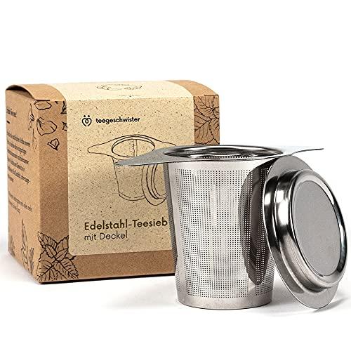 teegeschwister® | Feines Teesieb für losen Tee | Teefilter aus rostfreiem Edelstahl mit Deckel/Abtropfschale | breiter Doppelgriff für Verschiedene Tassengrößen