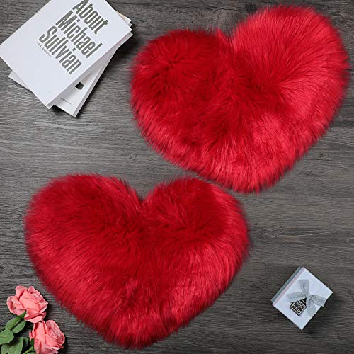 2 Piezas Alfombra de Piel de Oveja Sintética Suave Alfombra en Forma de Corazón Alfombra de Habitación Peluda para Hogar Sala de Estar Sofá Piso Dormitorio, 12 x 16 Pulgadas (Rojo)
