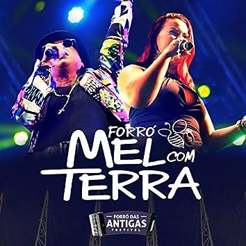Forró Mel Com Terra (Forró das Antigas Festival)