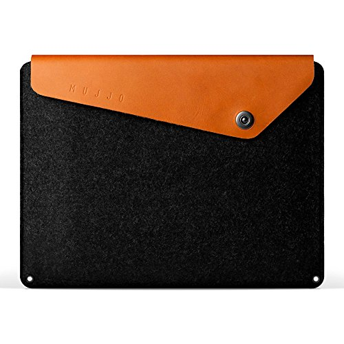 Mujjo Sleeve for 13' MacBook Air (2018+), 13' MacBook Pro | Premium Wool Felt, Leather Flap, Snap Button | Storage Compartments, Card Pocket (Tan)