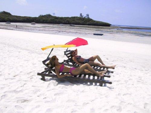 Hollysun® Beachway-Fächer-Sonnenschirm - gelb + ALU-Multibodenhalter + Exklusivbezug Polyester 160 g /m² -ZANGENBERG-HUSUM + Tisch-Stuhl-Balkonklammer 59 SC mit Gummischutzkappen + Windtampen - INNOVATIONEN MADE in GERMANY - HOLLY PRODUKTE STABIELO ® - holly-sunshade ®