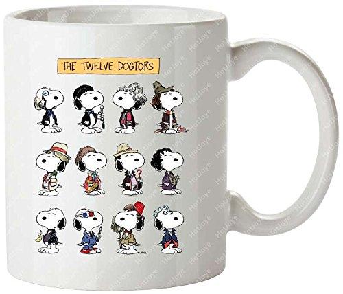 The Twelve Dogtors The Peanuts Snoopy Doctor Who 50Th Anniversary Whovian Twelve Doctors Doctor Who Cool Mug/Tazas de desayuno Tea Cup