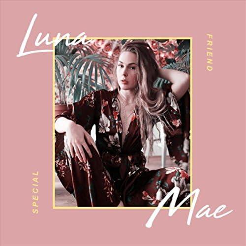 Luna Mae