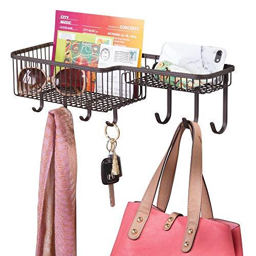 mDesign mittelgroßer Briefhalter aus Metall – Ablagekorb für die Wand zur Aufbewahrung von Post etc. – praktisches Schlüsselboard inkl. Haken für Jacken, Hundeleinen oder Schlüssel – bronzefarben