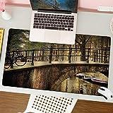 Alfombrilla para ratón (80x30 cm). Paisaje Romántico Puente sobre El Canal Amsterdam Países Bajos Europa Famoso Norte De La Ciudad Foto,Base Antideslizante. Especial para Gamer