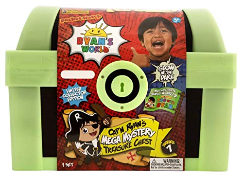 Ryan's World Exclusive Glow in The Dark Cap'n Ryan's Mega Mystery Treasure Chest