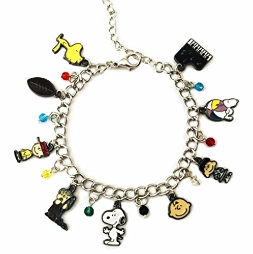 Main Street 24/7 Peanuts Snoopy Charlie Brown and Gang Novelty Charm Bracelet