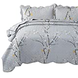 Bedsure Quilt Set Grey Queen Size Plum Blossom (90x96 inches) Bedspread, Lightweight Coverlet Quilt for Spring and Summer, 1 Quilt and 2 Pillow Shams