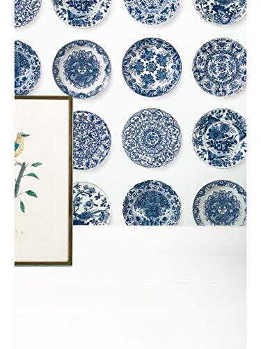 KEK Amsterdam Royal Blue Plates behang - blauw vliesbehang (280cm x 97,4cm per rol)