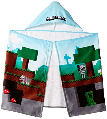 Jay Franco Minecraft Overworld Adventure Hooded Bath/Pool/Beach Towel, Blue
