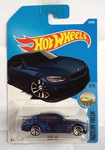 2017 Hot Wheels Factory Fresh BMW M4 Azul metálico 55/365 (tarjeta larga)