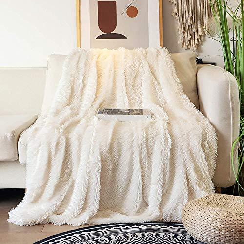 Kuscheldecke, 130x160 cm Flauschige Kunstfell Decke, Weich& Warm PV Fleece Sofadecke Tagesdecke für Couch Bett