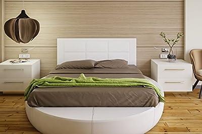 Tapizado en piel ecológica Válido para camas de 135 cm y 150 cm. Color: BLANCO Preparado para colgar en la pared Medidas: ancho: 155 cm; alto: 55 cm; grosor: 3 cm