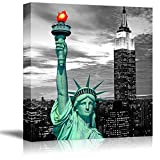 wall26 Black and White Photograph of New York with Pop of Green on The Statue of Liberty - Canvas Art Home Art - 24x24 inches